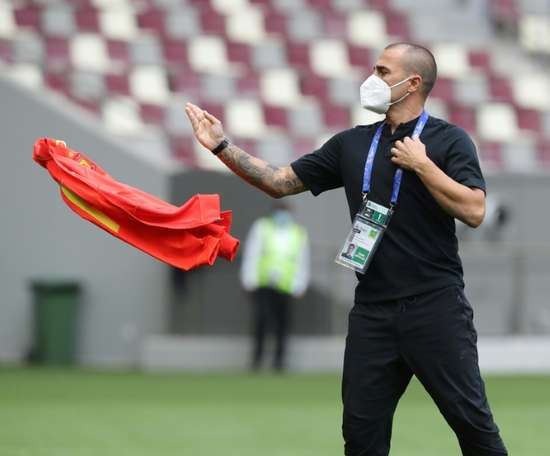 Cannavaro on brink of exit again at China's Guangzhou. AFP