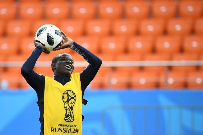 Kanté, un pequeño gran guerrero. AFP/Archivo
