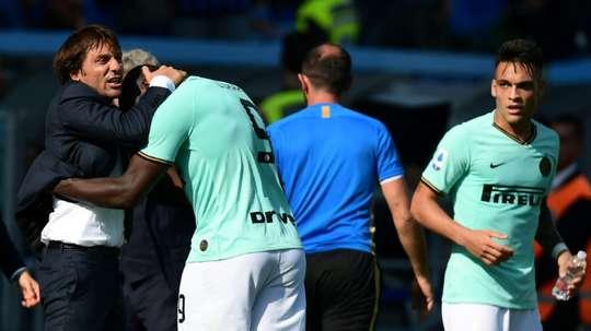 Inter Milan keep pace with Juventus as Ranieri's Sampdoria hold Roma. AFP