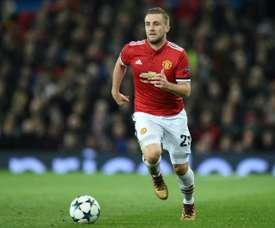 Barcelona poderia avançar para Luke Shaw. AFP