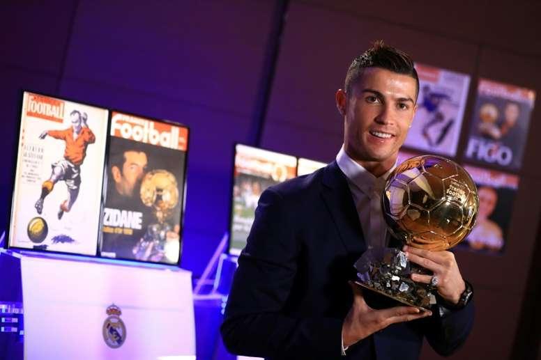 Real Madrids forward Cristiano Ronaldo and team mates -- to be the target of a crocodile -- Kashima Antlerss defender Naomichi Ueda