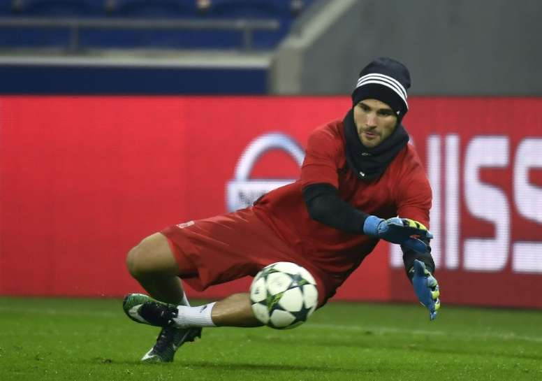 Anthony Lopes takes part in a training session at the Parc Olympique Lyonnais. AFP
