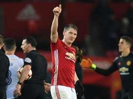 Mourinho orientou Schweinsteiger por cerce de 10 meses nos 'red devils'. AFP