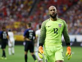 Howard and Dempsey rejoin US national team.