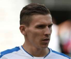 Holman dio aire a los eslovacos. Twitter/DundalkFC