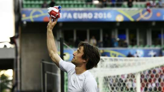 Czech Republics midfielder Tomas Rosicky reacts after the Euro 2016 group D football match between Czech Republic and Croatia at the Geoffroy-Guichard stadium in Saint-Etienne on June 17, 2016