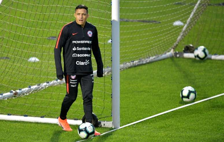 Reborn Sanchez feeling Chile's 'love' in Copa America
