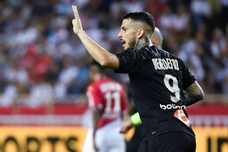 Marseille stun struggling Monaco with dramatic fightback.