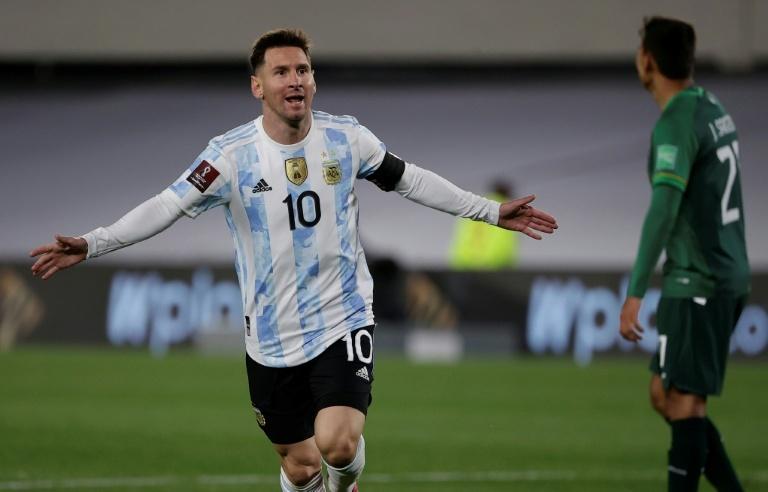 'Hat tricks' de Cristiano vs. Messi com suas seleções