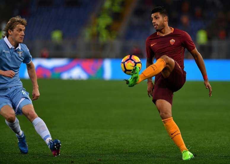 Emerson Palmieri is wanted by Juve and Inter. AFP