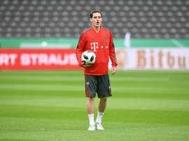 El centrocampista podría llegar al Schalke 04. AFP