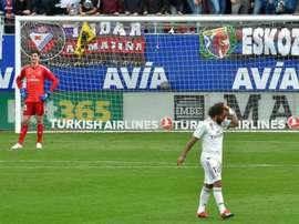Thibaut Courtois e Marcelo tiveram lesões confirmadas pelo Real Madrid. AFP