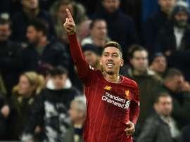 Todos gols de Roberto Firmino nesta temporada foram marcados fora de casa. AFP