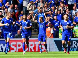 Leicester Citys striker Jamie Vardy (2nd R) celebrates after scoring the opening goal during an English Premier League football matchagainst Sunderland at King Power Stadium in Leicester, central England on August 8, 2015