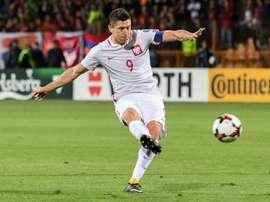 O goleador polonês é neste momento um dos nomes mais falados da Europa. AFP