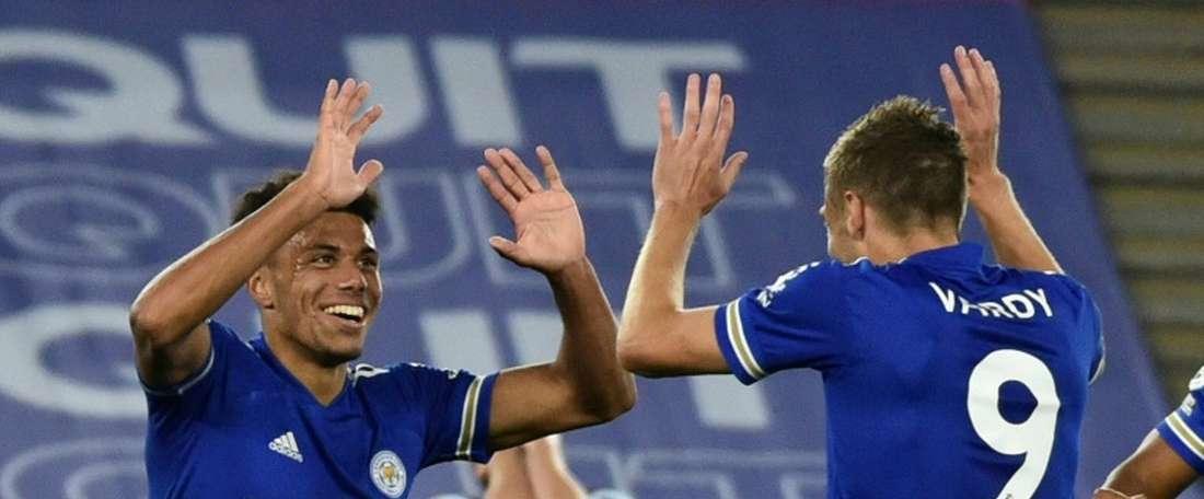 El Leicester encabeza la Premier por la diferencia de goles. AFP