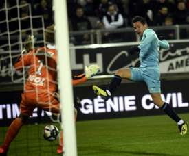 Thauvin hat-trick lifts Marseille into top five.