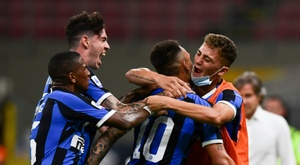 Sanchez helps Inter move within six points of Juve