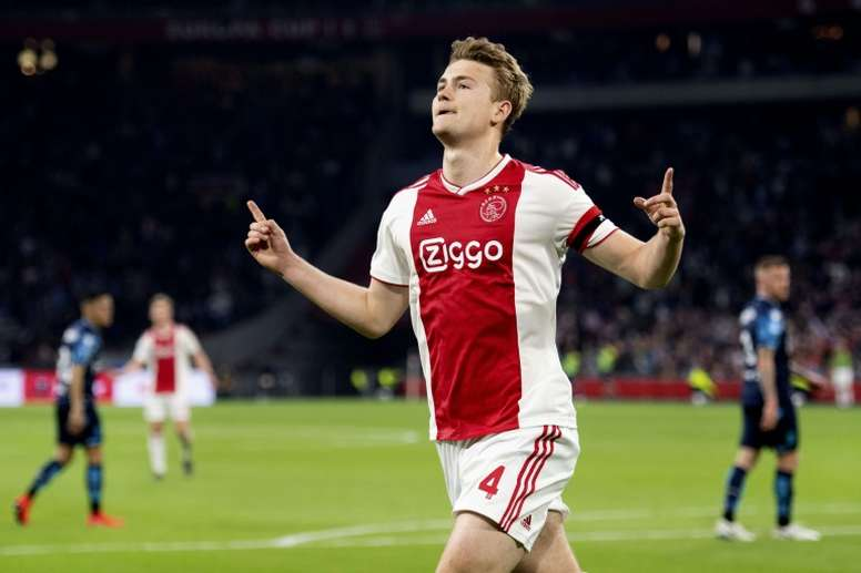 Even de Ligt's father-in-law is talking about his future. AFP