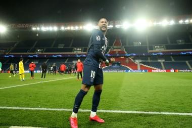 Juninho has criticised Neymar. AFP