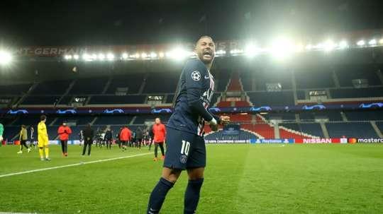 Caminho livre para Neymar. AFP