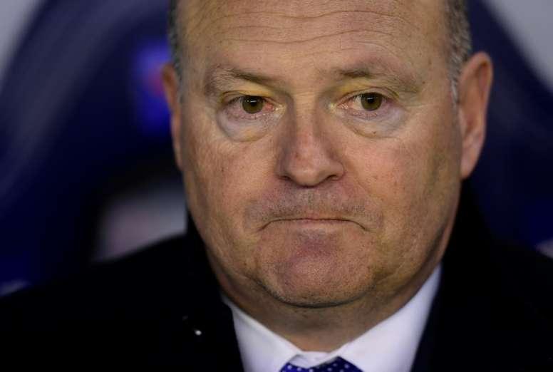 El técnico pide que a los suyos que no se confían tras la victoria en Riazor. EFE