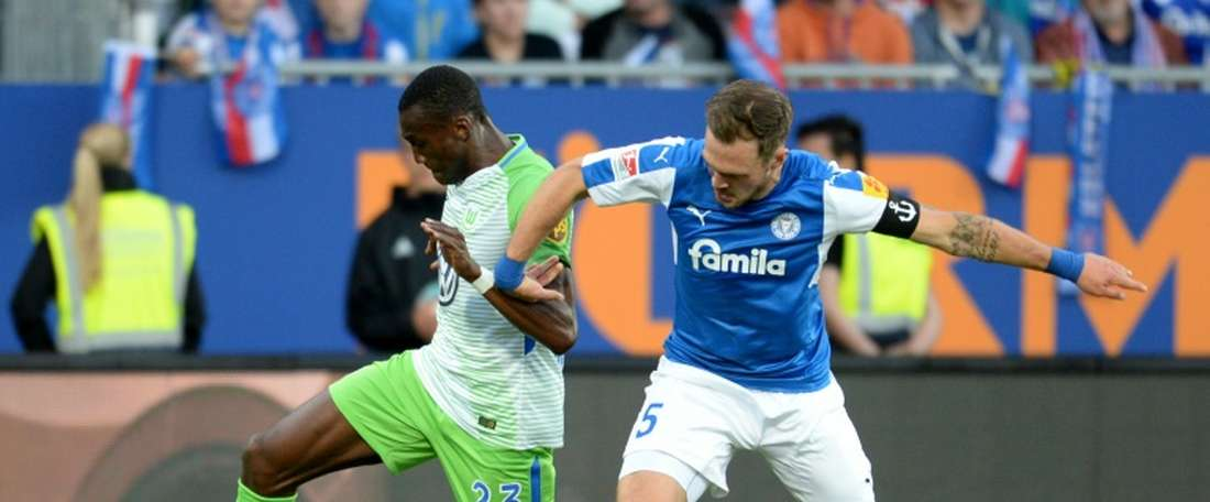 Wolfsburg were too strong for Holstein Kiel. AFP