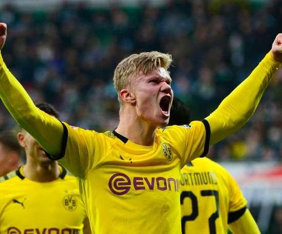 Haaland tuvo que llevar el '17' en su primer semestre en el Borussia. AFP/Archivo