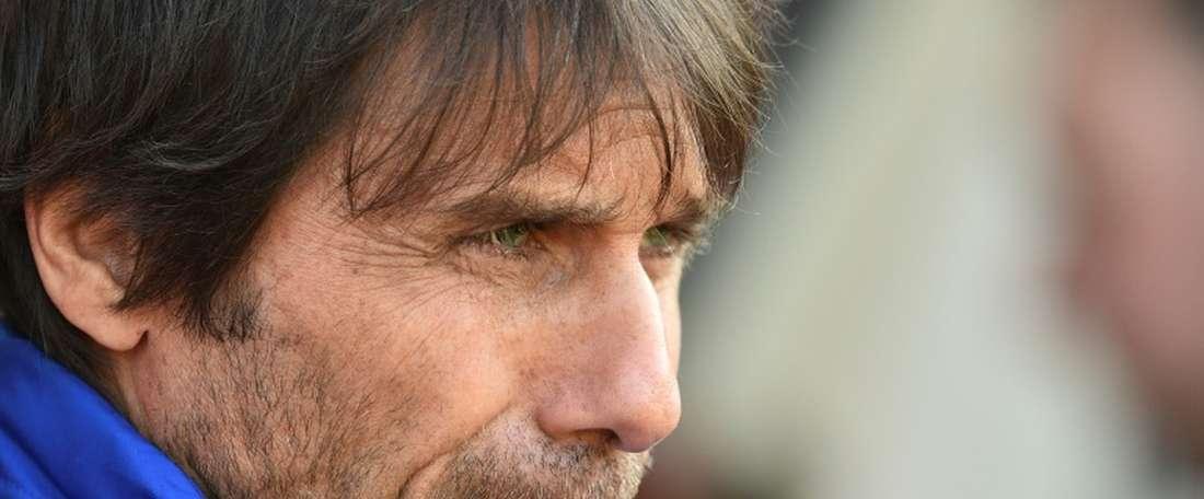 Chelsea faz uma 'limpa' no seu elenco. AFP