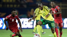 Captain Kekana sent off as Sundowns fall in CAF Champions League