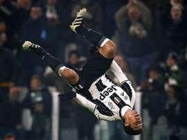 Hernanes pourrait quitter la Juve prochainement. AFP