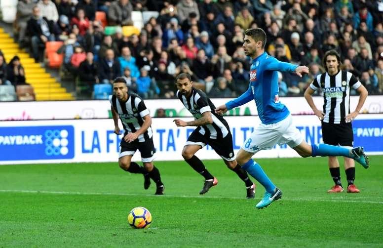 Le club napolitain travaille sur le nouveau contrat de Jorginho. AFP