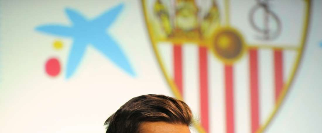 Portuguese defender Diogo Figueiras has joined Greek champions Olympiakos from Sevilla. BeSoccer