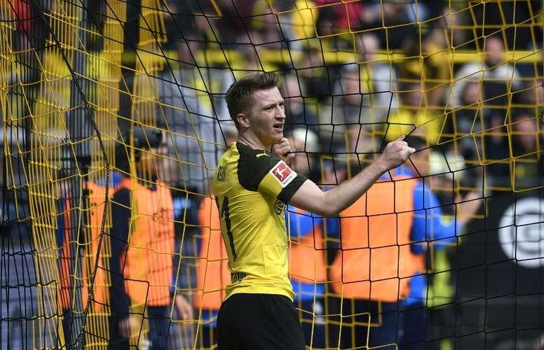 Dortmund tropeça feio e presenteia o Bayern. AFP