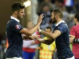 Há rivalidade entre Giroud e Benzema? AFP