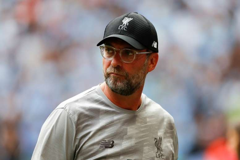 Liverpool bank on stability over signings to end 30-year title wait