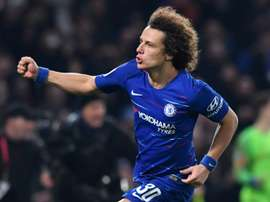 O Chelsea quer renovar com David Luiz. AFP