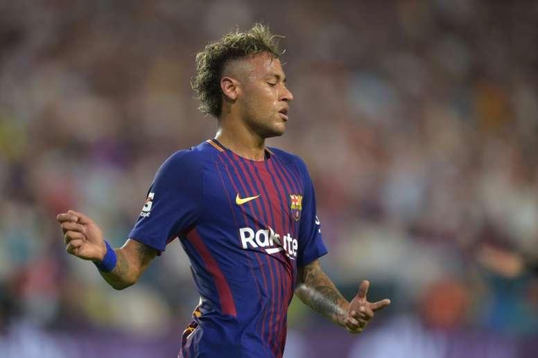 El Barça prepara la campaña mediática del fichaje de Neymar. AFP