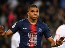 Maglie speciali del PSG per Notre-Dame esaurite in mezz'ora. Goal