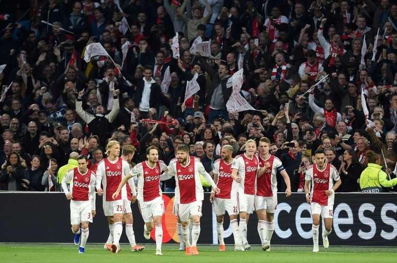 El Ajax se edifica otra vez. AFP