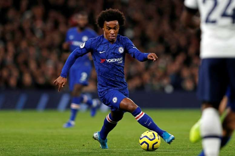 Mourinho insiste por Willian. AFP