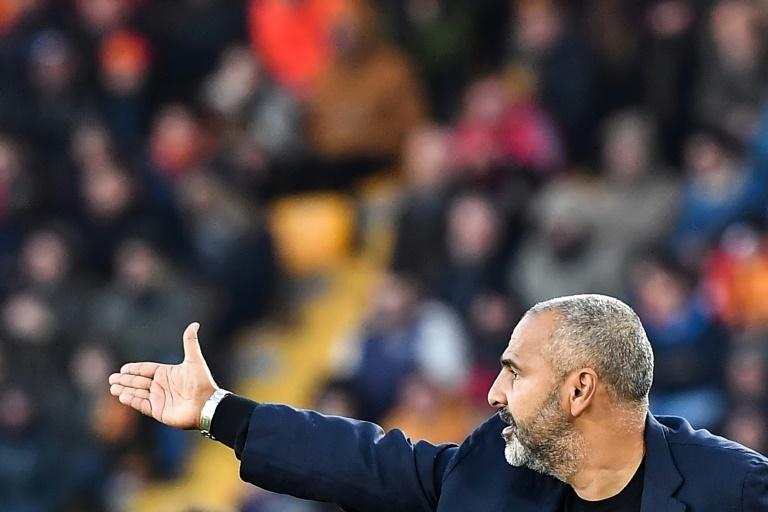 Roma loan has Smalling weighing up Man Utd future