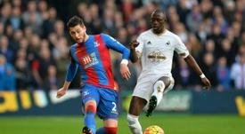 Barrow podría dejar el Swansea por el Southampton o por el Leicester. AFP