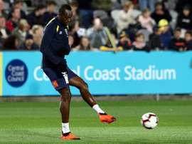 Bolt se juega su futuro en en el fútbol el próximo viernes. AFP