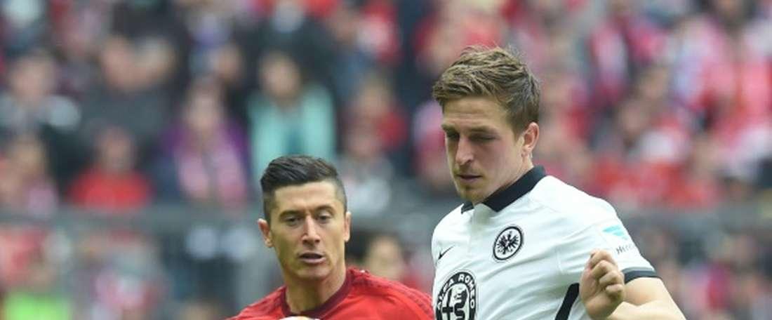 Schalke sign Oczipka. AFP