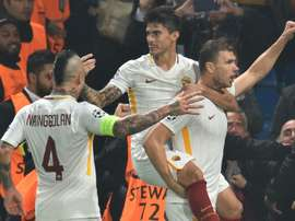 Roma vence Fiorentina. AFP