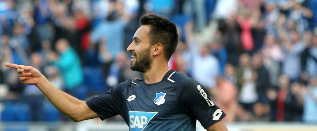 Norwich sign Hoffenheim midfielder Rupp. AFP