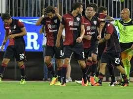Dessena lideró al Cagliari anotando un doblete. AFP