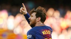 Drogba considera que falta algo a Messi para ser como Pelé ou Maradona. EFE
