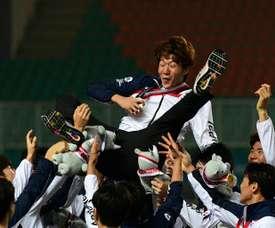 Bordeaux's bargain Hwang Ui-jo takes on PSG's stars. AFP